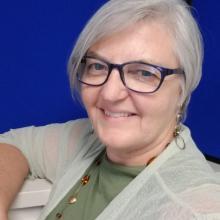 Gloria Blumanhourst